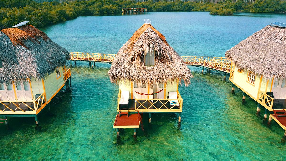 Gallery – Punta Caracol Acqua Lodge